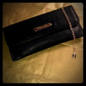 Gorgeous Michael Kors Jet Set Wallet